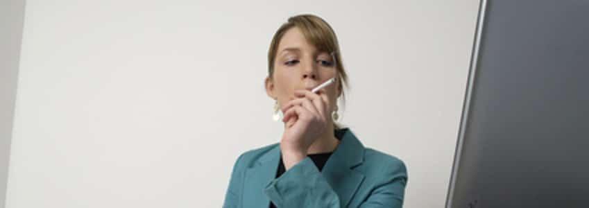 Wann bekommen Sie eine Abmahnung? Wenn das Rauchverbot nicht eingehalten wird.