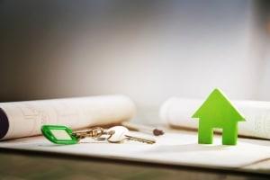Beim Bezug von Arbeitslosengeld 2 werden in der Regel auch die Wohnkosten übernommen.