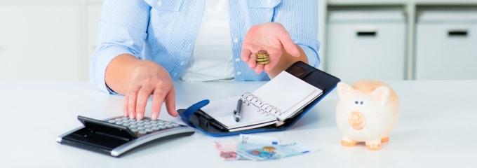 Arbeitslosengeld I (oder ALG I) soll Arbeitnehmern nach dem Jobverlust vor dem finanziellen Ruin bewahren.