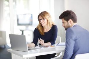 Wann darf der Chef Sie an einen anderen Arbeitsort versetzen?