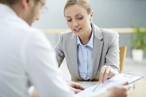 Ein Arbeitsverhältnis beschreibt ein personengebundenes Dauerschuldverhältnis.