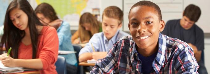 Ausbildung: Eine Bewerbung zu schreiben, stellt vor allem Schüler oft vor eine Herausforderung.