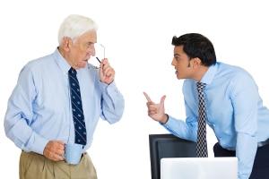 Betriebliche Altersvorsorge: Die Kosten können sich auf Arbeitgeber und -nehmer verteilen.