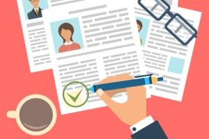Die Dokumente müssen sich in der Bewerbungsmappe richtig befestigen lassen