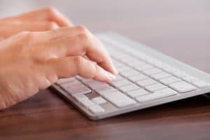 kabellose tastatur mit touchpad