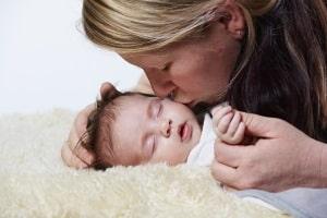Elterngeld: Neue Studie sieht Anstieg erwerbstätiger Mütter.