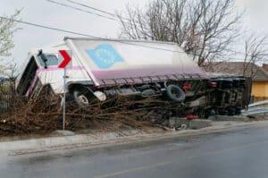 Fahrerpersonalgesetz und Sozialvorschriften schaffen für Lkw-Fahrer mehr Sicherheit.