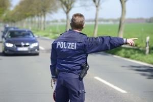 Auch die Polizei muss trotz Feiertag arbeiten.