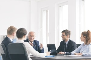 Fristlose Kündigung – widersprechen: Ein Einspruch kann beim Betriebsrat eingereicht werden.