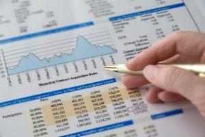 In einer Gehaltstabelle können Sie sich über branchenspezifische Gehaltsstrukturen informieren.