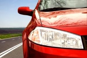 Bezug von Hartz 4: Ein Auto im Wert vom maximal 7.500 Euro dürfen Sie behalten.