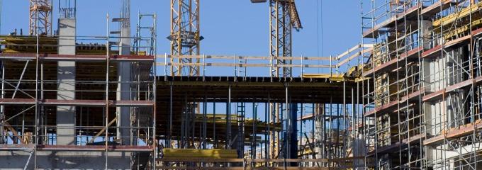 Ab wann muss hitzefrei auf dem Bau gewährt werden?