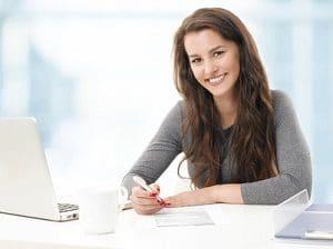 Home-Office: Ein Vorteil für Arbeitnehmer ist die Zeitersparnis.