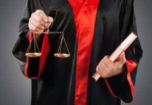 Nimmt der Arbeitgeber eine illegale Videoüberwachung vor? Die Strafe kann hoch ausfallen.
