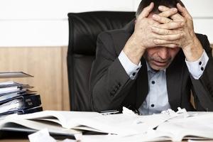 Eine Kündigung in der Probezeit durch Arbeitnehmer hat häufig mit Stress zu tun