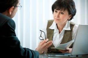 Ihre Kündigung ist unwirksam? – Was Sie tun können, sollten Sie am besten mit einem Anwalt bereden.