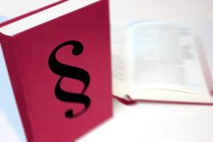 Kündigungsschutzgesetz: Dessen Anwendbarkeit ist unter anderem darin begründet, ob die Kündigung sozial gerechtfertigt ist.