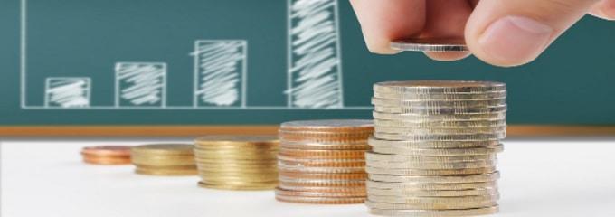 Besseres Gehalt und reduzierte Sozialabgaben – ein Midijob hat kaum Nachteile für Arbeitnehmer.