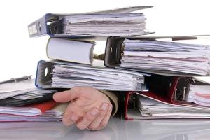 Ein Rechtsanwalt, der in Aachen auf das Arbeitsrecht spezialisiert ist, hilft z. B. bei ungerechtfertigten Überstunden.