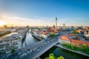 Hat sich ein Rechtsanwalt in Berlin auf das Arbeitsrecht spezialisiert, kann er Ihnen bei vielen Problemen helfen.