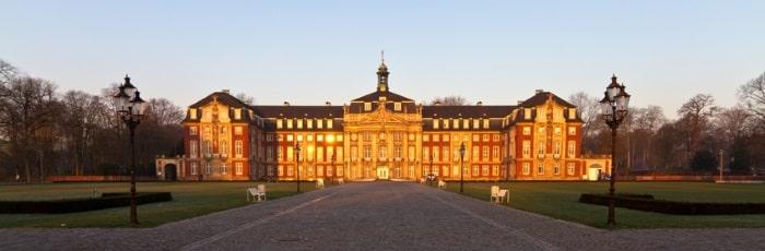 Hat sich ein Rechtsanwalt in Münster auf das Arbeitsrecht spezialisiert, kann er Ihnen bei einer Vielzahl von Problemen helfen.