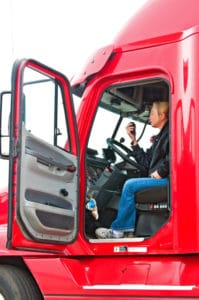 Die Schichtzeit von Lkw-Fahrern kann weiter als die eigentliche Arbeitszeit gefasst werden.