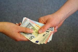 Mit Schülerjobs kann in wenigen Wochen das Taschengeld aufgebessert werden.