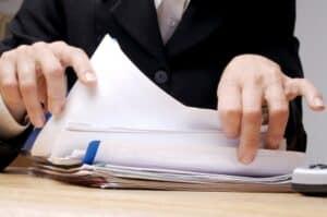 Für Tarifverträge in der Zeitarbeit und allen anderen Branchen gilt: Die Schriftform ist unumgänglich.