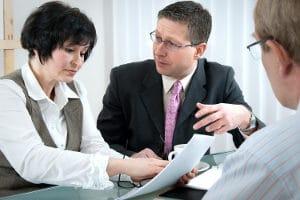 Soll ein Teilzeitjob ausgeübt werden, um die Pflege eines Angehörigen sicherzustellen, ist ein Nachweis nötig.
