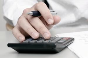 Überstunden auszahlen: Berechnen Sie vorher genau, was Sie Ihrem Arbeitnehmer schulden.