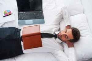 Die Überwachung am Arbeitsplatz: Machen Mitarbeiter länger Pause als erlaubt?