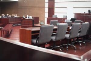 Die Überwachung mit Kameras durch den Arbeitgeber ist immer wieder Thema in Gerichtsverhandlungen.