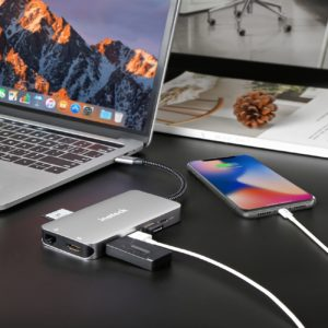 usb c hubs features