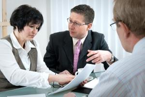 Vertragsänderung: Ein Arbeitsvertrag kann nur in beidseitigem Einverständnis geändert werden.