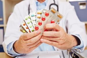 Warum muss eine Krankmeldung an die Krankenkasse gehen? Wegen des Anspruchs auf  Krankengeld.