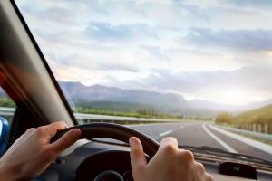 Was als zumutbare Wegstrecke zur Arbeit gilt, ist gesetzlich nicht explizit geregelt.